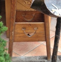 Table Smiley