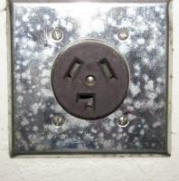 Plug Smiley