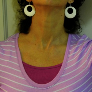 Wanna neck?  Neck Smiley in honor of Kiss ME Day.